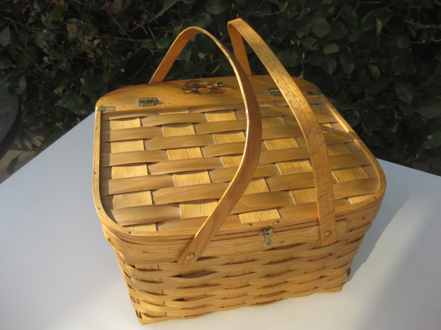 Picnic Basket Pie : Picnic basket with pie rack from new by mylittlesomethings
