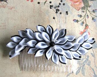 Kanzashi Flower, Black and White kanzashi flower comb