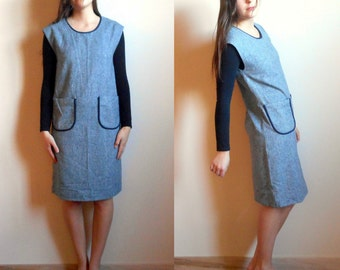 Vintage 60's Simple Elegant dress // Big Pockets // Boxy  (size 2-3-4)
