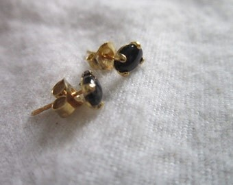 Vintage Black Onyx Stone Petite Gold Tone Earrings