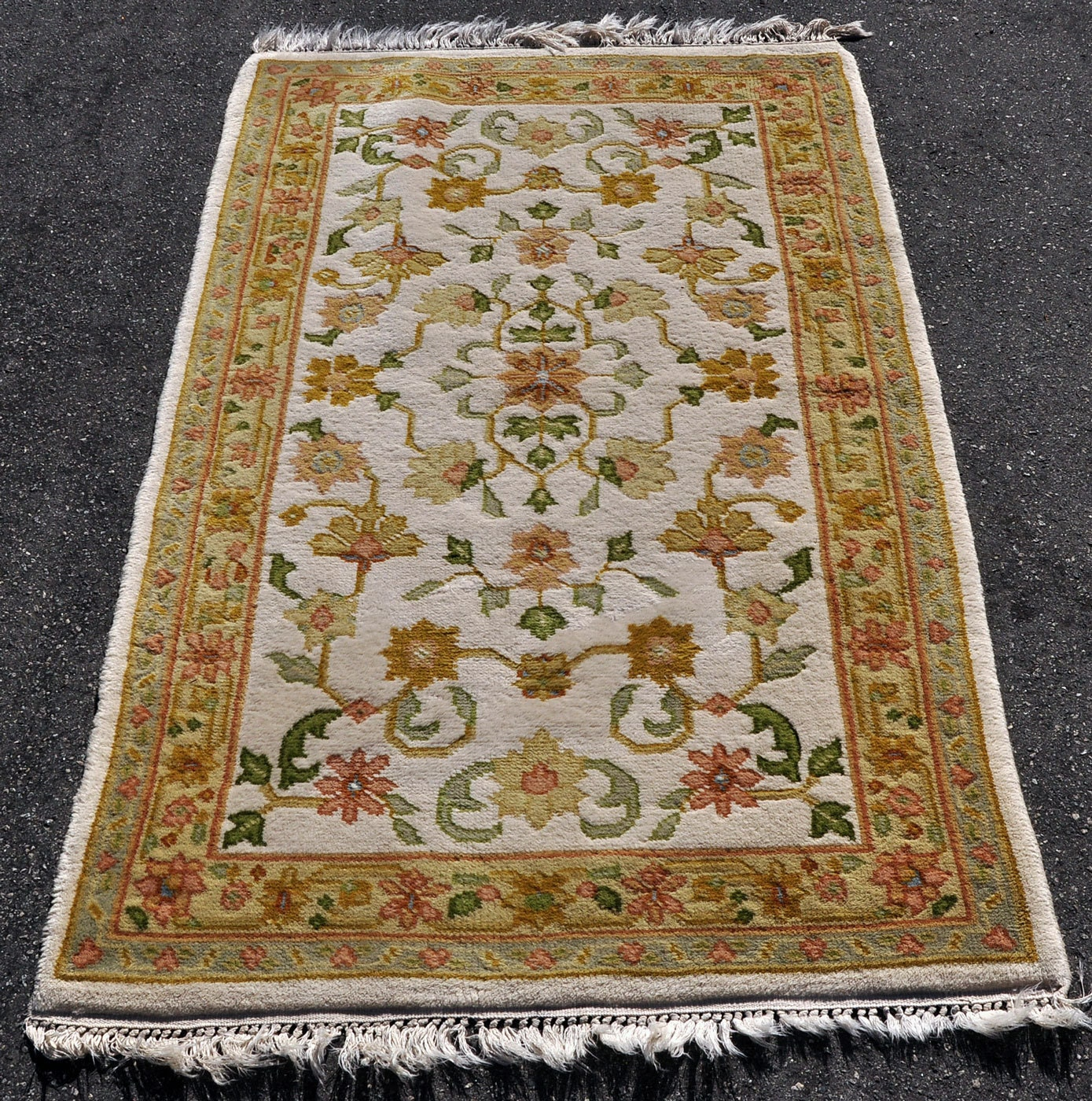 Handmade arts and crafts style rug 5 ft 6 in by 3 ft for Arts and crafts style rug