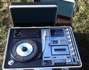 Original Vintage Sanyo portable briefcase sound system