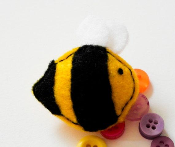 Alien Bees Black Friday Sale: Black Friday Sale Brooch Handmade Bee Felt Brooch Cute