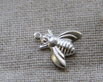 24 pcs of brass bee charm pendant 10x10mm-1286-silver
