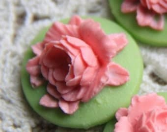 12 Pcs of Resin flower cabochon 18mm-RC0135-10-pink on green