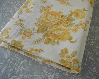 Vintage Bed Sheet SINGLE Yellow Roses