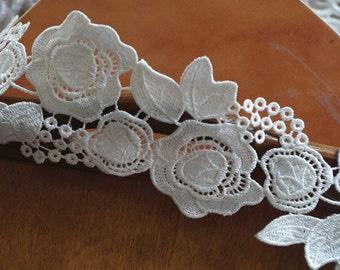 ivory guipure lace trim, ivory Venise Lace Trim with flowers DG060B