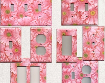 Light Pink Daisy/Daisies Flowers Light Switchplates and Wall Outlet Covers Home Decor Accents Decora Light Switch Plates