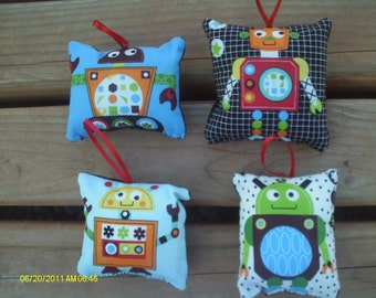 Robot Pillow Ornaments 2 - Set of 4
