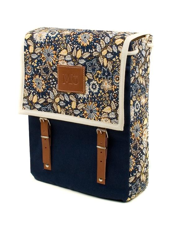 Mo globby print backpacks winter