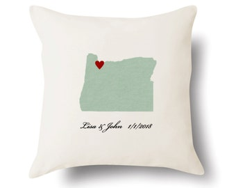 Personalized Oregon Pillow - Text Embroidered - Off White 100% Cotton - 18x18 - Oregon Map Pillow - 4 Color Choices