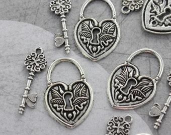 5 Set Antique Silver Vintage Style Lock & Key Charms