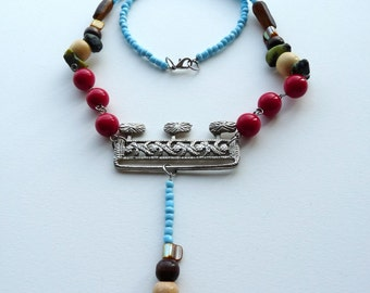 Old Clasp Necklace with New Wooden Plastic Glass Beads and Stones Colorful Necklace