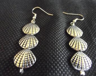 Silver Shell Earrings 3 Shells Dangle Free Shipping