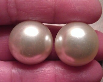 Vintage 60s Signed Japan Round Faux Pearl Clip On Earrings