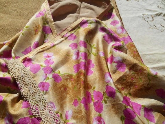 Pink Silk Shawl Handmade Beige Floral French lace Trimmed Cotton Lined #SophieLadyDeParis