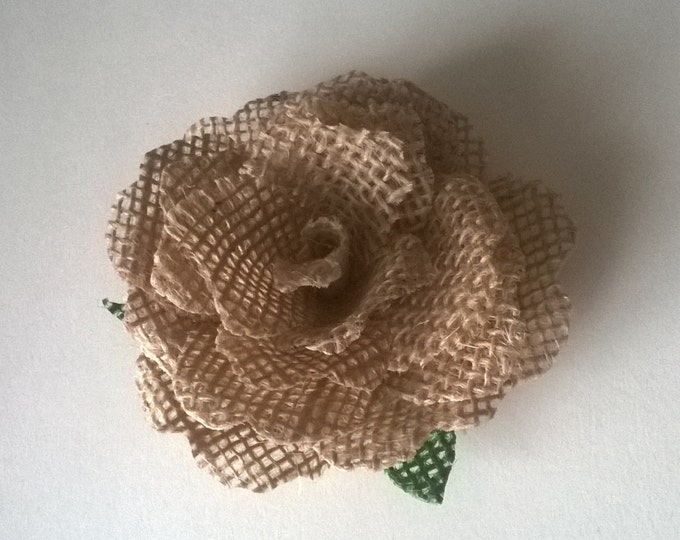 Burlap Flowers, Rustic Wedding, Craft Projects, wedding centerpiece. Card Making