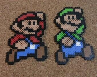Mario & Luigi Bead Sprites | Super Mario Brothers | 8 bit art