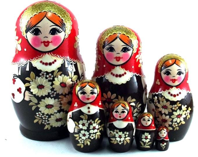 Art Nesting Dolls 7 pcs Inlaid Russian Matryoshka doll Traditional babushka doll Russian stacking dolls for kids Wooden doll Uzor