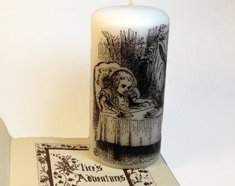 Mad Tea Party - Alice in Wonderland Candle - Alice Wedding Party Decor - Black and White Tenniel Illustration - Mad Hatter Wonderland Decor