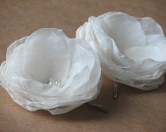 2 Ivory hair flowers Ivory hair clip Ivory accessory Set of 2 hair flower 2 inch ivory hair flower Ivory wedding clips Ivory wedding flower