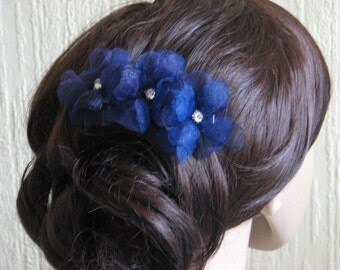 Navy blue wedding Navy hair pins Navy blue hair flower Navy blue hair pins Navy blue wedding flowers Navy blue clips Something blue Blue pin
