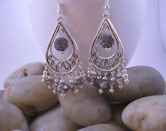Elegant Chandelier Earrings - Lilac