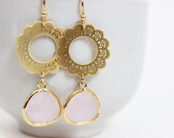 Ice Pink Earrings Pink Glass Earrings Pink Bridesmaids Earrings Gold Flower Earrings Pink Bridesmaids Set Blush Earrings Blush Bridesmaids