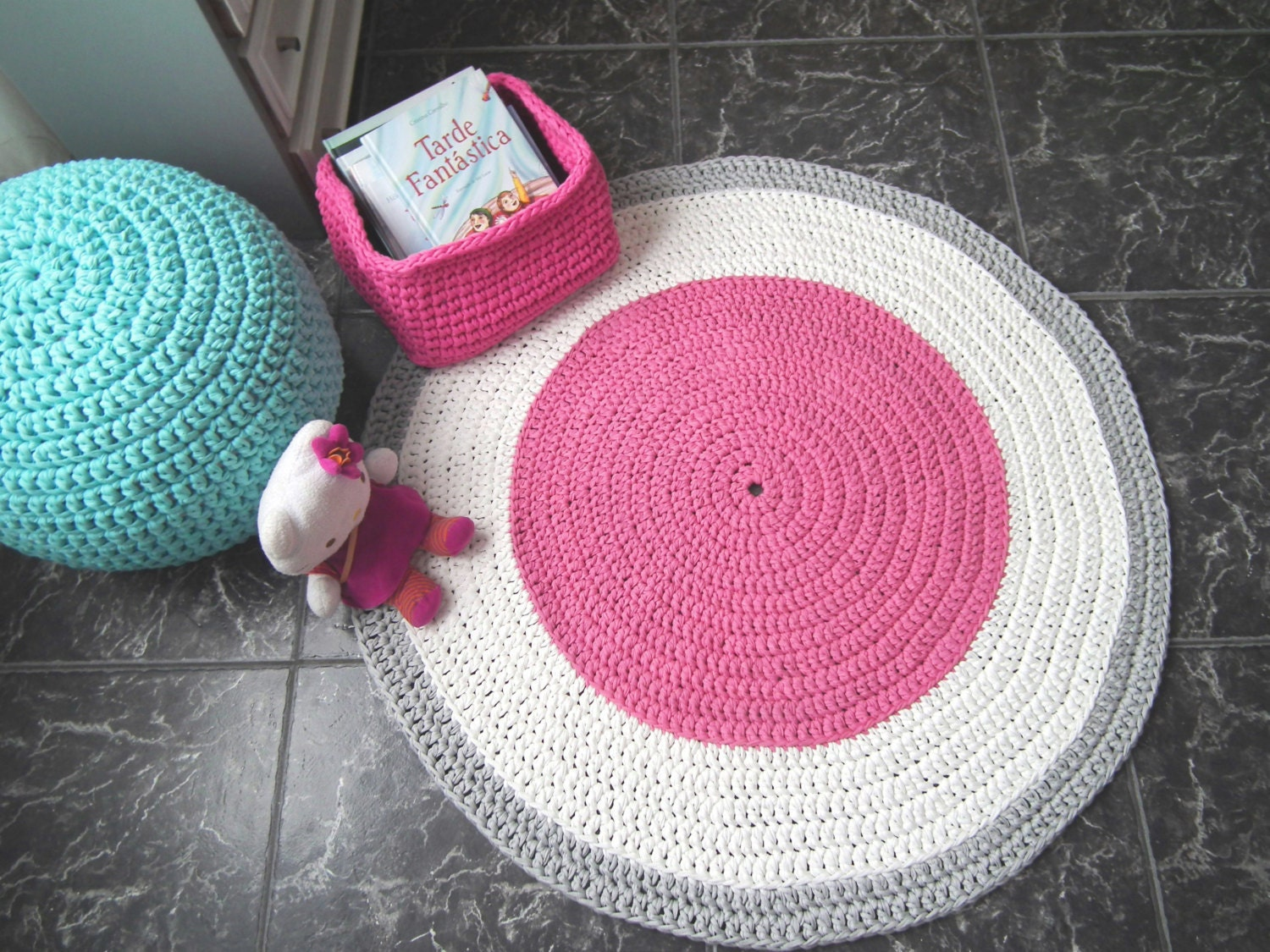 Crocheting Round Rugs : Large Pink Crochet Round Rug Pink Cotton Rag Rug by LoopingHome