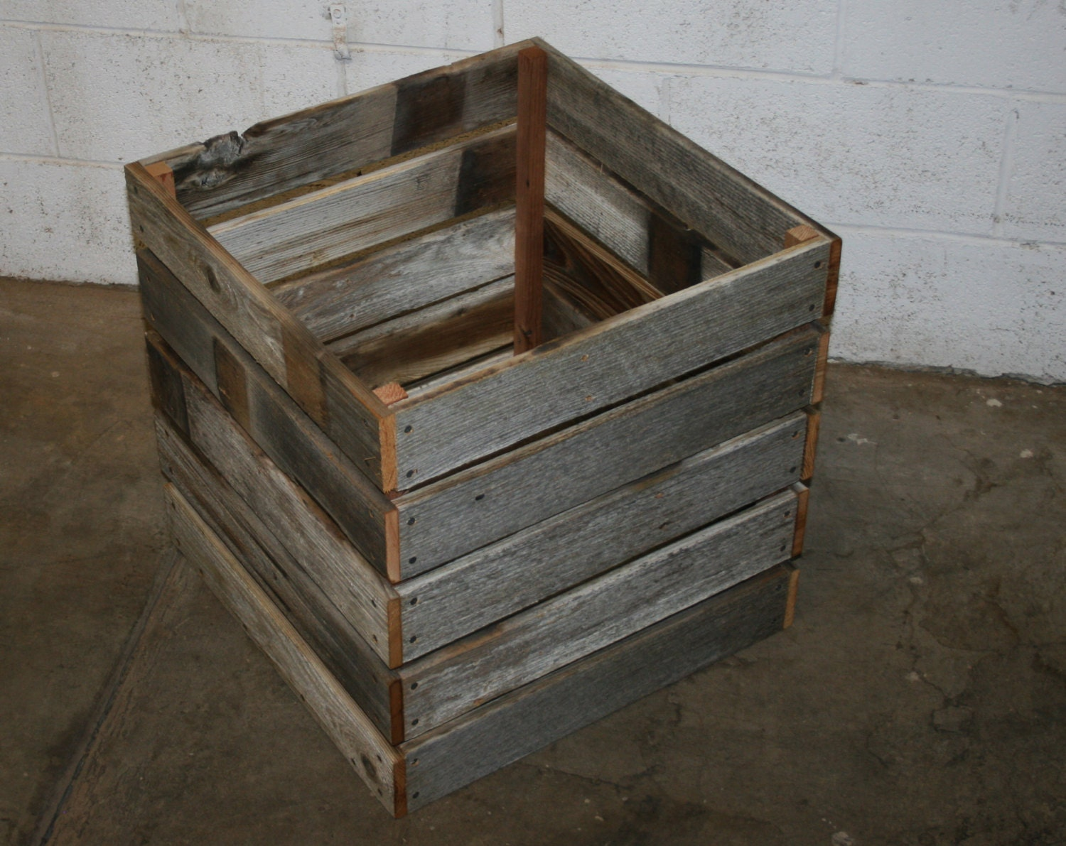 barn wood milk crate 20 x 20 x 20 by lunarcanyon on etsy. Black Bedroom Furniture Sets. Home Design Ideas