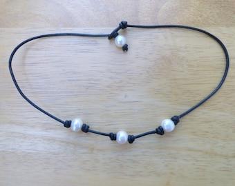 pearl choker- 3 pearl choker- leather pearl necklace- boho style choker