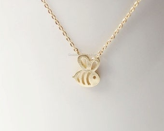 gold Honey Bee Necklace, Bumble Bee necklace, bridesmaid gifts, wedding gifts, simple everyday necklace, gift idea