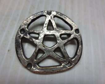 A Very Rustic Brooch Pin By Copie