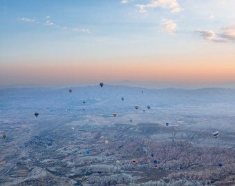 Hot Air Balloon and Sunrise Photography in Cappadocia, Turkey
