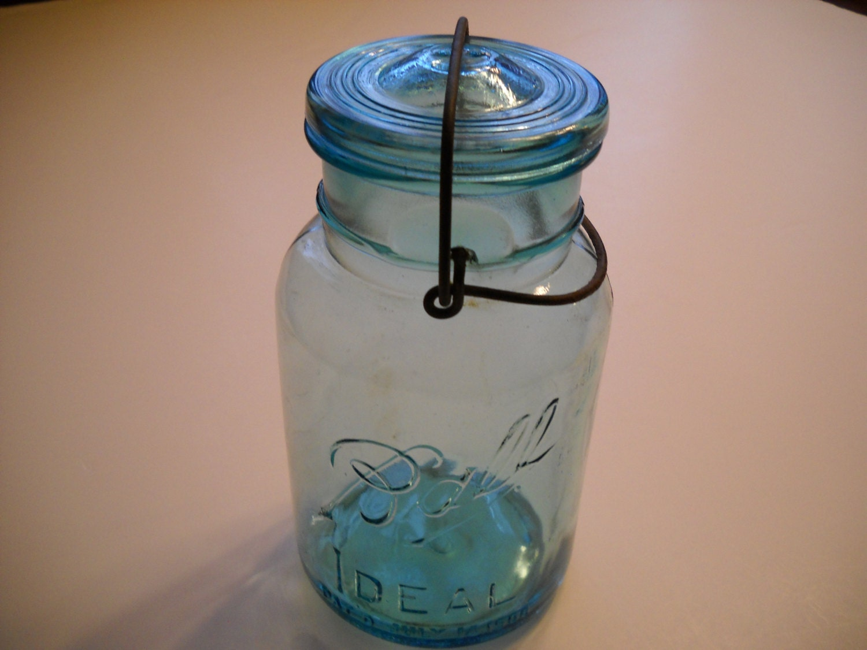 blue quart size canning jar ball ideal number 8. Black Bedroom Furniture Sets. Home Design Ideas