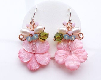 Dangle Earrings, Exotic Jewelry, Floral Earrings, Floral Jewelry, Chic Jewelry, Drop Earrings, Flower Jewelry, gifts for her