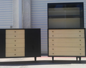 2pc China Cabinet Display Case Buffet Server Media Console Mid Century Modern MCM Retro Mad Men Hutch Glass Doors Storage Table Vintage