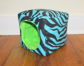 Cuddle Cube - Small Animal House - Made to Order