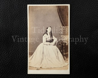 Carte de Visite CDV Photograph of a Young Victorian Woman Sitting - J. Reay  College St. Bees