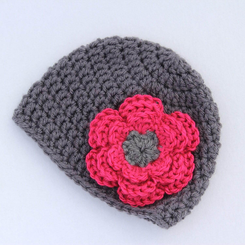 fille au crochet bonnet gris et rose fleur chapeau. Black Bedroom Furniture Sets. Home Design Ideas