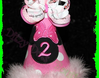 Minnie Mouse birthday Hat with removable Bow. Cake Smash Hat, Photo prop, Includes Name and Number
