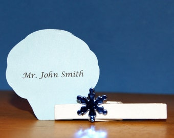 Winter Wedding / Winter Wedding Favor / Winter Place Card Holder / Winter Clothespin Magnet / Snowflake Wedding  / Blue Snowflake / 12