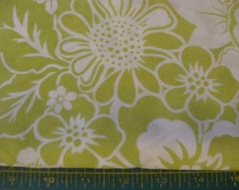 Joann green and white flowers silkie cotton blend fabric