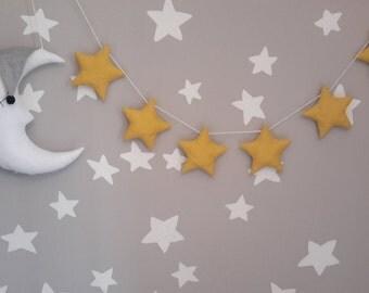 Garland of stars and moon to hang.