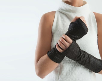 Black arm warmers fingerless gloves - Q-ARW