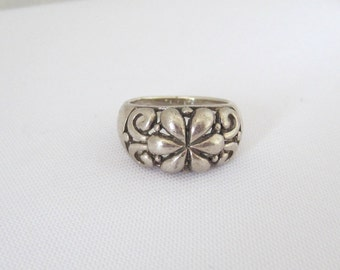 Vintage Sterling Silver Flower Filigree Ring Size 7