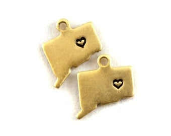 2x Brass Connecticut State Charms w/ Hearts - M073/H-CT