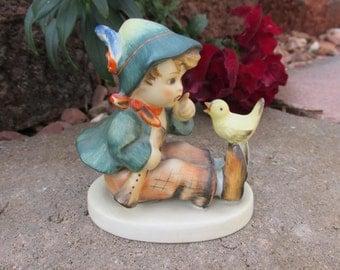 "Hummel Figurine - ""Singing Lesson"" - Vintage"