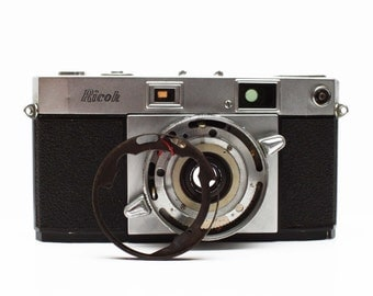 Vintage Ricoh 500 35mm Film Rangefinder Camera / For Parts Repair Display
