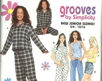 Simplicity 8911   Juniors  Pajamas     uncut  size 11/12 - 15/16